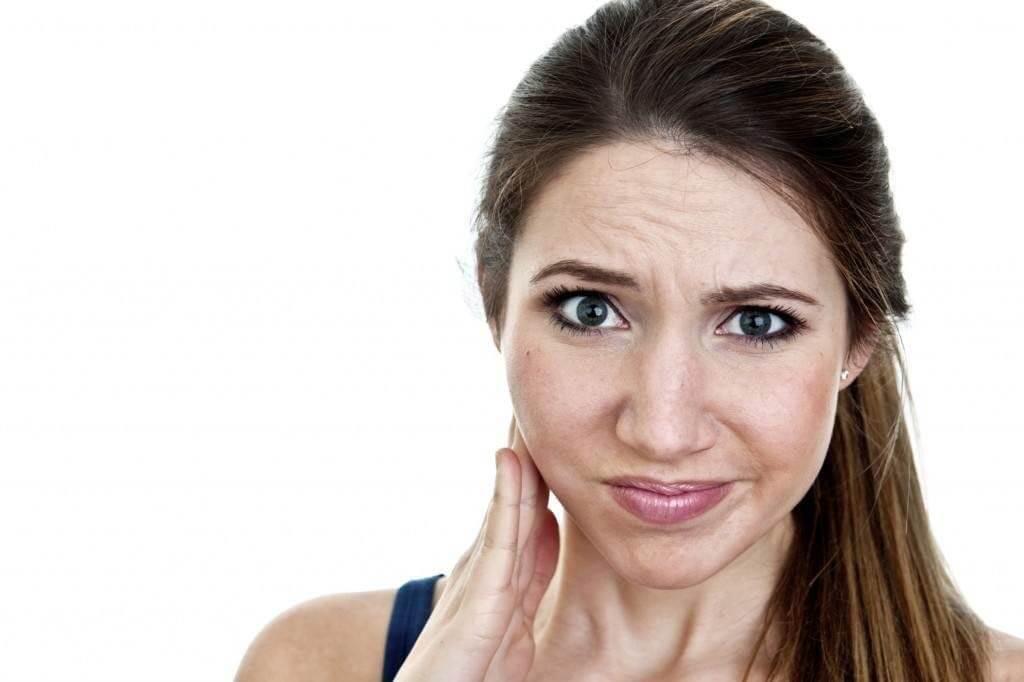 Неприятные ощущения в нижней части челюсти